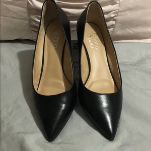 Franco Sarta pointed toe dress shoes